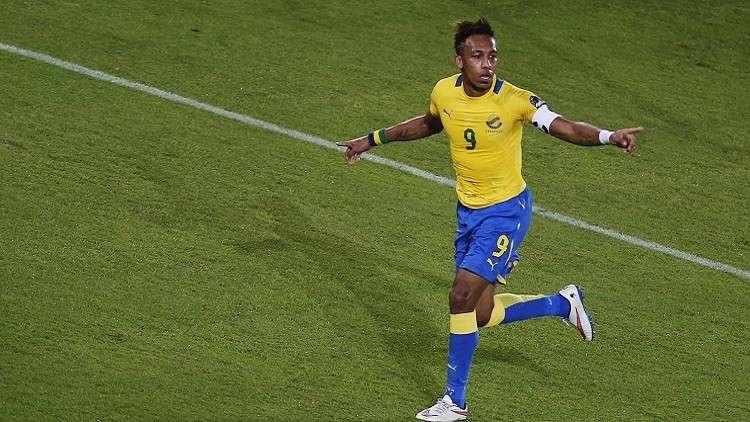 أوباميانغ يدعي تسمم لاعبي الغابون قبيل مواجهة المغرب