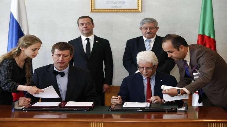 زيارة مدفيديف للجزائر تتوّج بتوقيع 6 اتفاقيات