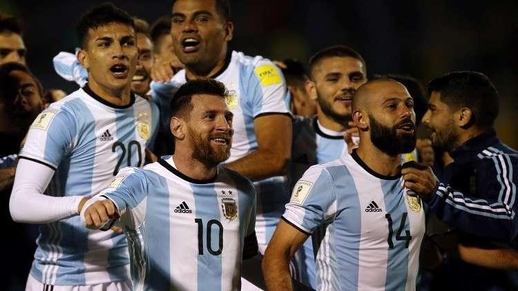 """شاهد..""""هاتريك"""" الساحر ميسي الذي أنقذ به الأرجنتين"""