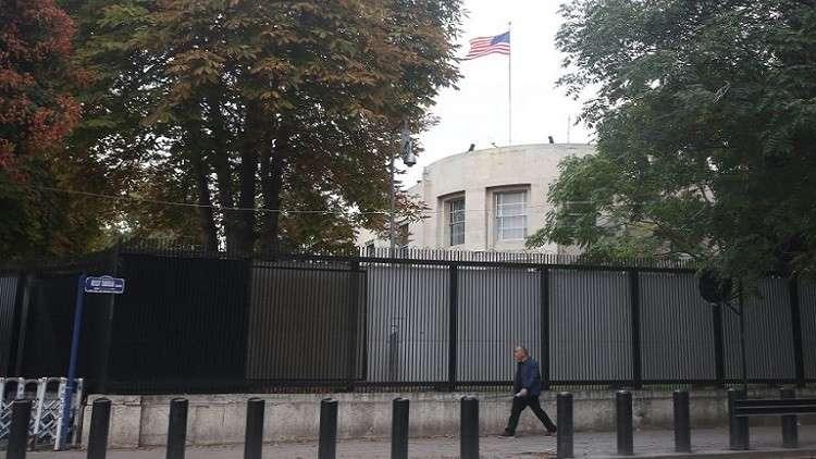 واشنطن تطالب أنقرة بتقديم أدلة على اتهامات ضد موظفين بسفارتها