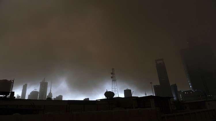 الكويت.. حريق في أكبر حقل نفطي