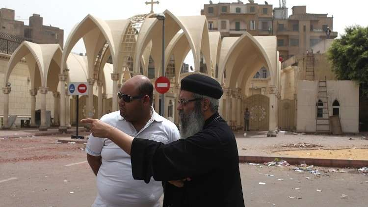 مقتل رجل دين قبطي في القاهرة