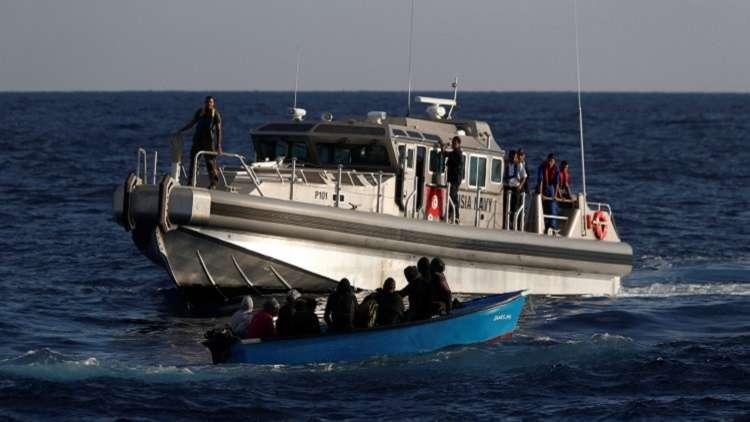 احتجاج مواطنين في تونس جراء غرق قارب مهاجرين