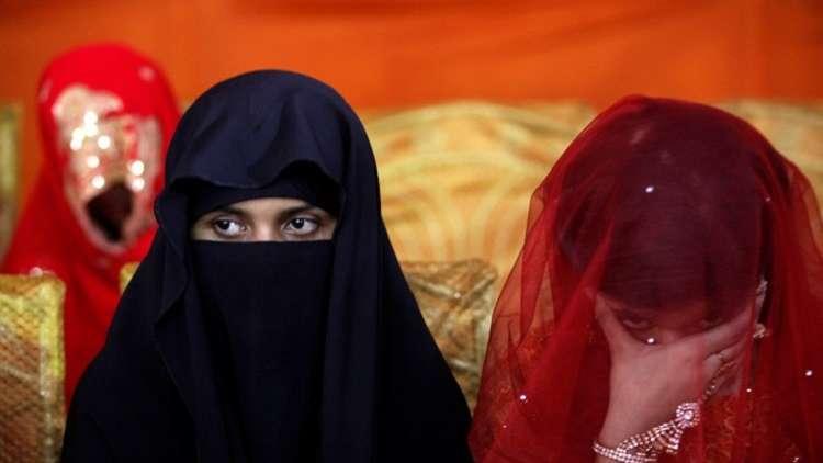 الشيوخ الباكستاني يرفض اقتراحا برفع سن الزواج