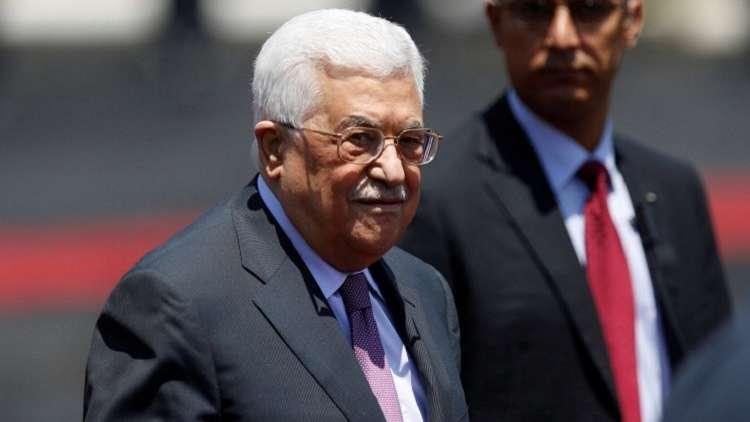 عباس يطلع الملك سلمان على تفاصيل المصالحة