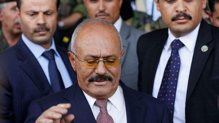 أطباء روس يجرون عملية جراحية للرئيس اليمني السابق
