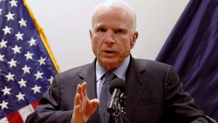 ماكين يحذر بغداد من استخدام السلاح الأمريكي ضد الأكراد