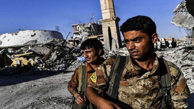 قوات سوريا الديمقراطية تعلن السيطرة على الملعب والمشفى الوطني بوسط مدينة الرقة