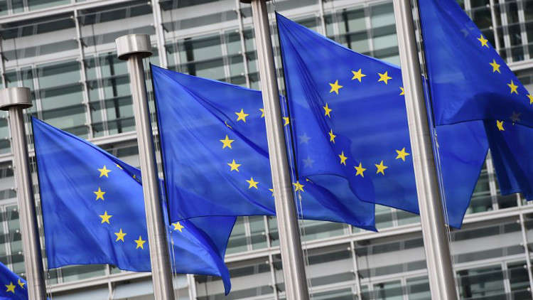 الاتحاد الأوروبي يدعو إسرائيل إلى إعادة النظر في قرار تكثيف النشاط الاستيطاني بالضفة الغربية