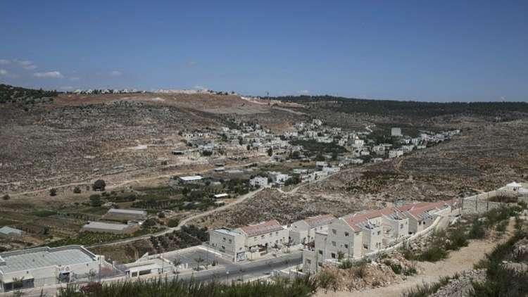 إسرائيل تصادق على بناء أكثر من 1320 وحدة استيطانية في الضفة الغربية