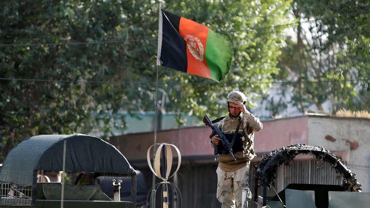 مقتل 43 عسكريا جراء هجوم انتحاري على قاعدة عسكرية في أفغانستان