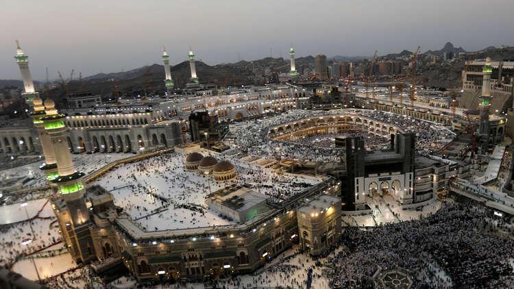 السعودية... بدء أعمال بناء مسجد باسم