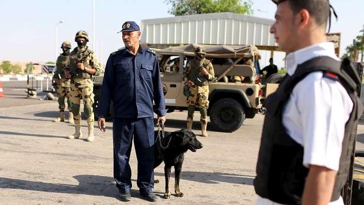 الداخلية المصرية تعلن مقتل 16 شرطيا وإصابة آخرين في اشتباكات الواحات