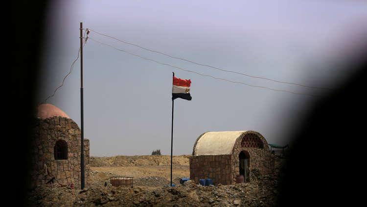 صورة .. ضابط مصري وحيد ينجو من