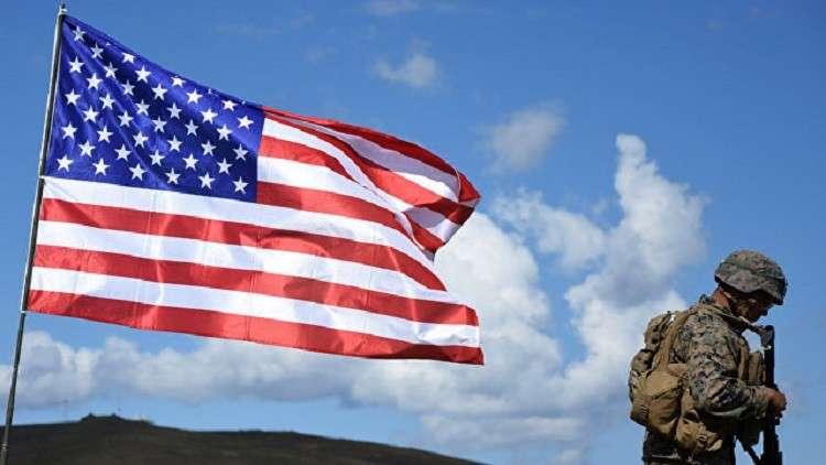 امرأة تطلق النار على قاعدة عسكرية أمريكية