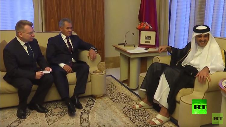 خلال زيارته التاريخية إلى قطر.. شويغو يبحث مع الأمير تميم قضايا أمنية
