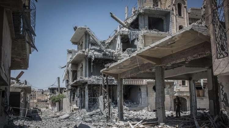 التحالف يرد على الدفاع الروسية: لسنا نحن من دمّر الرقة و1% من قذائفنا فقط قتلت مدنيين