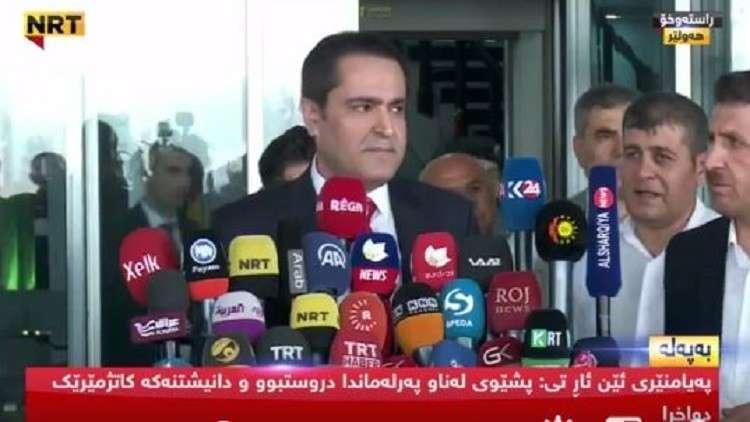 لحظة الاعتداء على نائب في برلمان كردستان بسبب بارزاني
