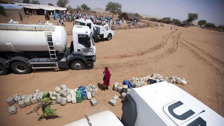 توزيع مساعدات إغاثية على  66 ألف نازح في دارفور
