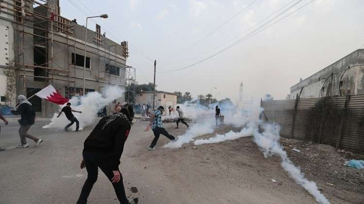 البحرين: السجن المؤبد لـ 10 أشخاص بتهمة الإرهاب