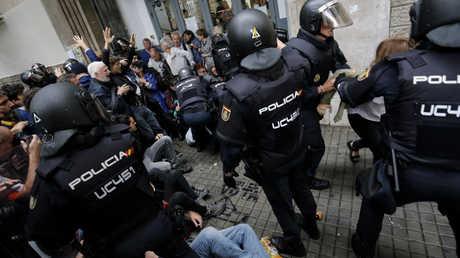 مواجهات في برشلونة الأحد