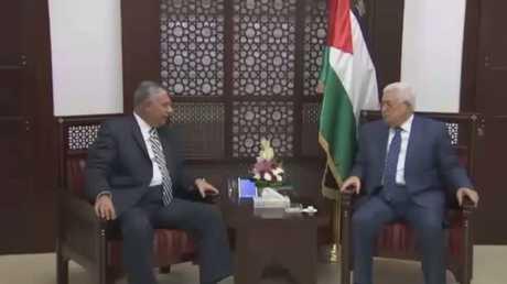 لقاء بين رئيس المخابرات المصرية خالد فوزي والرئيس الفلسطيني محمود عباس