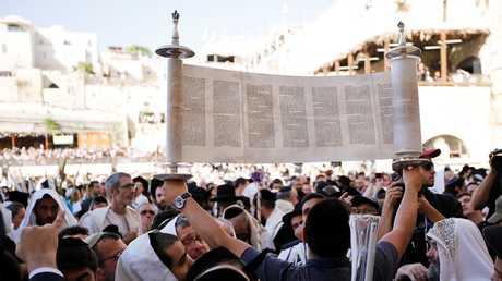 إسرائيليون في منطقة الحرم الشريف (8 أكتوبر/تشرين الأول).