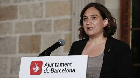 عمدة عاصمة إقليم كتالونيا الإسباني آدا كولاو