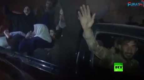 احتفالات في الرقة بدخول قوات سوريا الديمقراطية