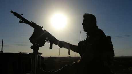 مقاتل كردي من قوات البيشمركة