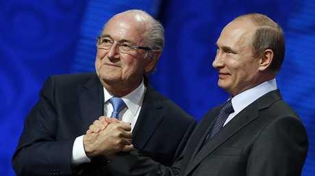 بلاتر يحل ضيفا على مونديال روسيا بدعوة من بوتين