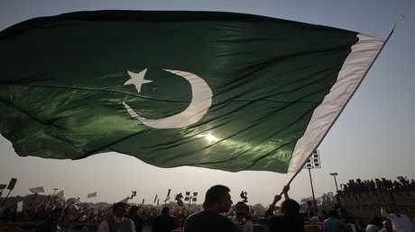 العلم الباكستاني - أرشيف