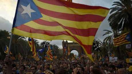كتالونيا تعلن الانفصال عن إسبانيا من طرفها