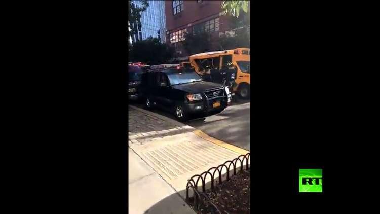 هذه هي حافلة نقل التلاميذ التي اصطدم بها منفذ هجوم منهاتن