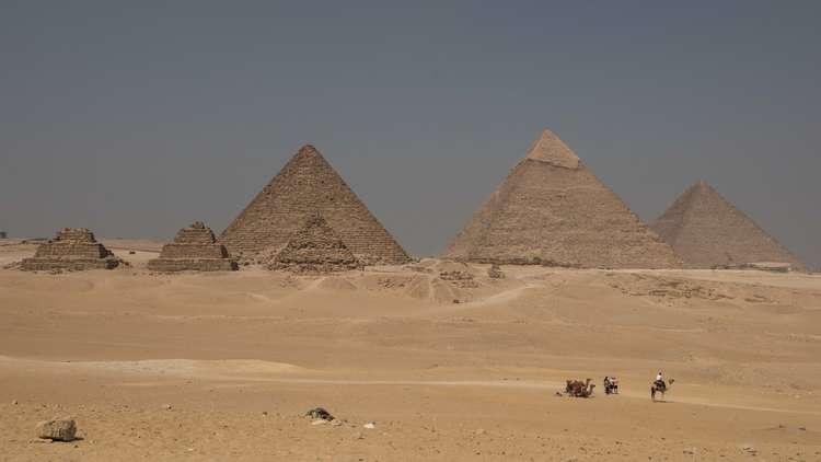 أوكرانيا تحذر مواطنيها من السفر إلى مصر