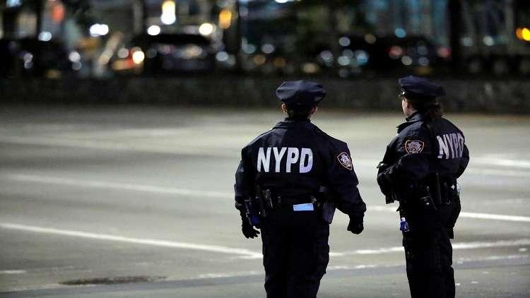 نيويورك.. مجهول يطلق الرصاص على امرأة وينتحر