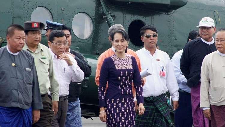 زعيمة ميانمار تقوم بأول زيارة لولاية راخين موطن الروهينغا