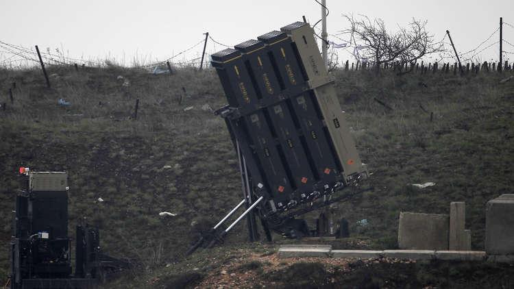 إسرائيل تستنفر قواتها وتنشر بطاريات إضافية من