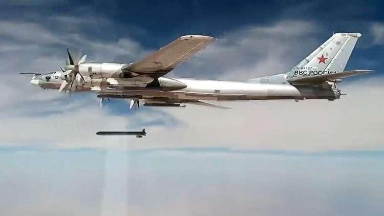 الدفاع الروسية: قواتنا الجوية دمرت أكثر من 950 موقعا للإرهابيين في سوريا خلال الأسبوع الماضي