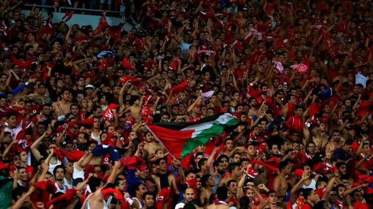 فيديو.. جماهير الأهلي تؤازر المارد الأحمر في المغرب