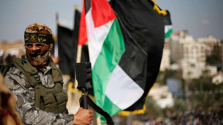 الجيش الإسرائيلي يعلن إخراج 5 جثامين لمقاتلي السرايا والقسام في نفق دير البلح