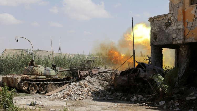 بنغازي.. تجدد القتال بين قوات حفتر ومتشددين.. ومحاولة اغتيال مسؤول