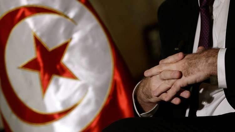 تونس.. حزب من الائتلاف الحاكم يعلن انسحابه من الحكومة