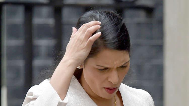 وزيرة بريطانية تستقيل بسبب لقاءاتها في إسرائيل