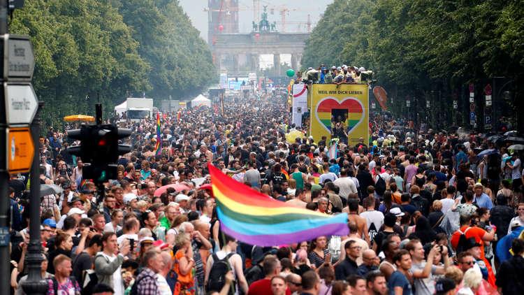 رسميا .. المحكمة الدستورية في ألمانيا تدرج الجنس الثالث في سجلات الأحوال الشخصية