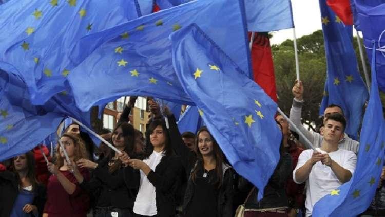 انخفاض طلبات لجوء الألبان إلى الاتحاد الأوروبي