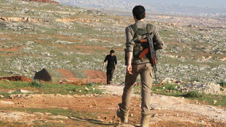 مركز المصالحة الروسي: 120 من المعارضة المسلحة في سوريا تخلوا عن السلاح