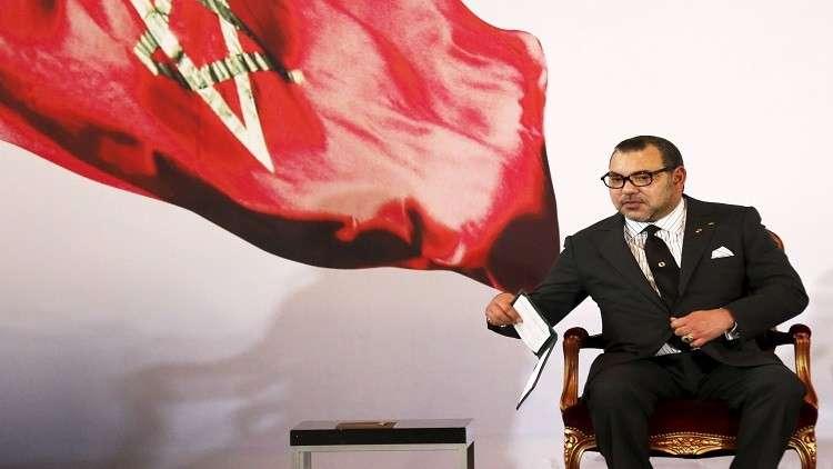 القضاء الفرنسي يدين صحفيين حاولا ابتزاز ملك المغرب