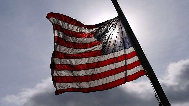 عمدة أمريكي يستقيل من منصبه قبل وفاته بيوم