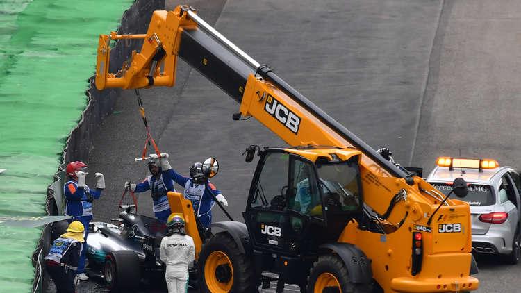 جائزة البرازيل الكبرى.. بوتاس من المركز الأول بعد حادث هاميلتون